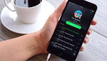 Spotify wehrt sich gegen einen Napster-Vergleich