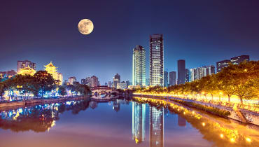 Stadt in China will Straßenbeleuchtung durch Fake-Mond ersetzen