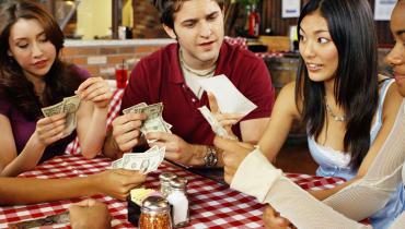 Geld von Freunden geliehen? Mit dieser App könnt ihr eure Schulden begleichen