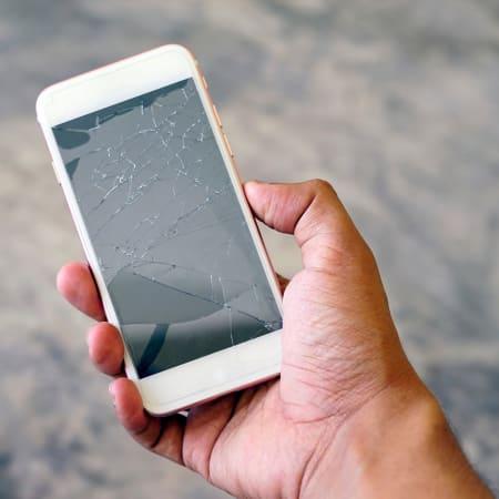 Technik : Stiftung Warentest: Smartphone-Reparaturdienste – nur einer arbeitet einwandfrei