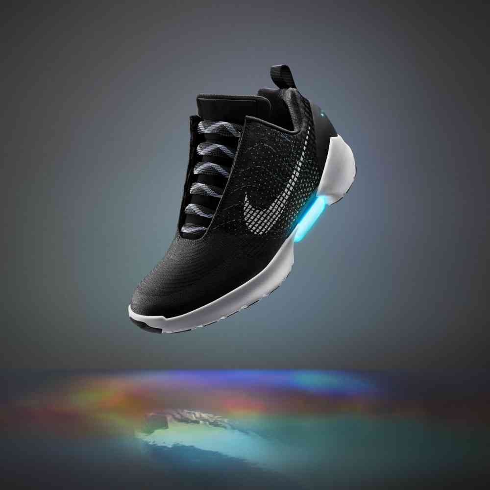 Nikes selbstbindende Turnschuhe gibt es bald zu kaufen | WIRED Germany