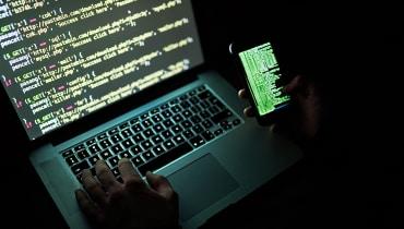 Ein Google-Hacker fordert von Apple-Chef Tim Cook nun Fehler-Kopfgeld