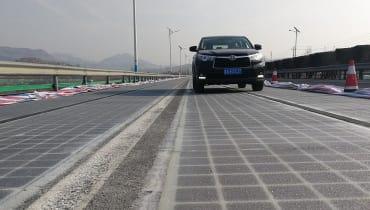 In China entsteht die Straße der Zukunft