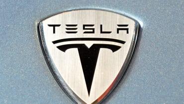 Der Tesla-Saboteur wird nun verklagt