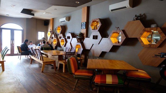 Lekker Urban Food House Putri Hijau