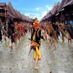 Mempelajari Budaya Lokal