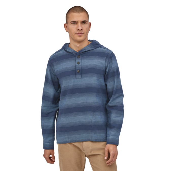 Patagonia-Light weight Fjord Flannel Hoody - Men's