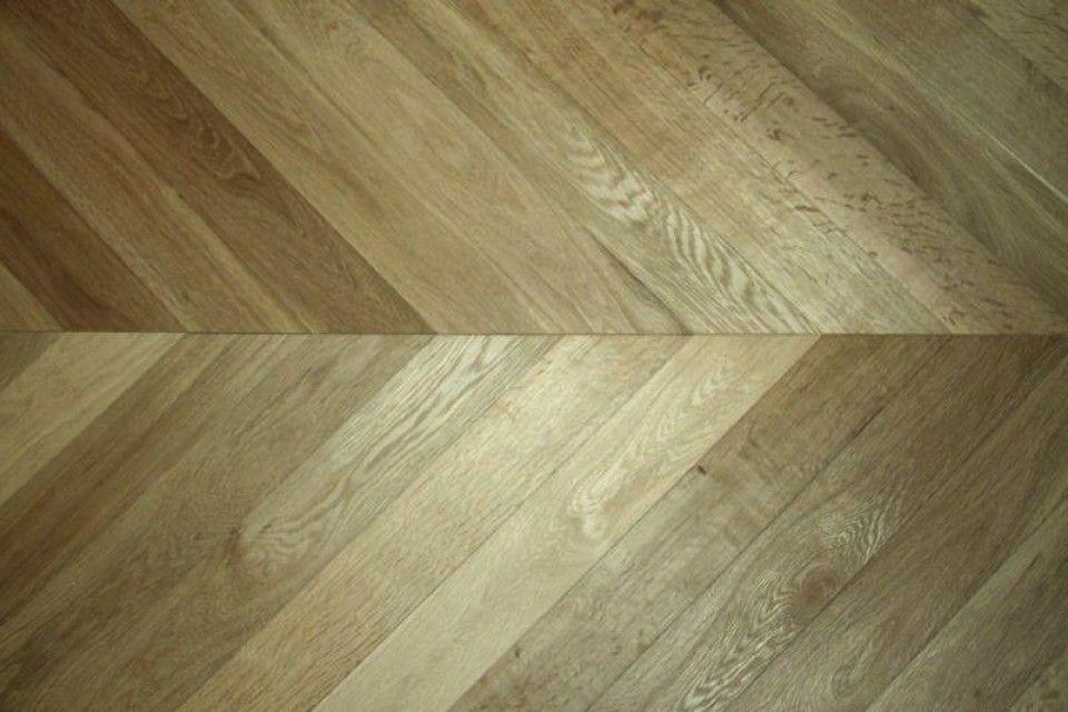 Prime-Engineered-Oak-Chevron-Smoked-Brushed-UV-Oiled-