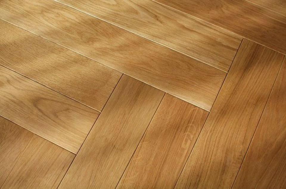 Oak Herringbone Flooring A Sophisticated Option With