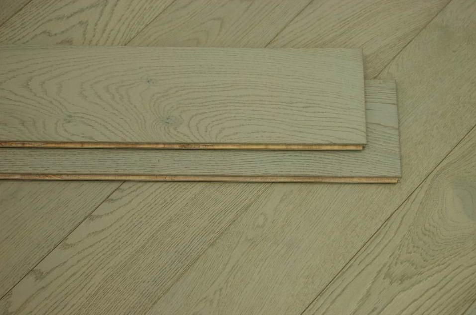 1 strip wood flooring