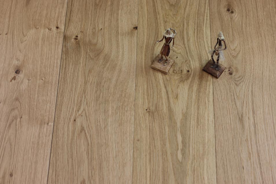 While Fashion Flooring Colours Come And Go The In This Range Of Wood Are Here To Stay What S More A Um Oak Floor Will Always