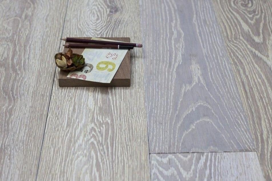 Natural Solid Flooring Oak Brushed UV White Medium 20mm