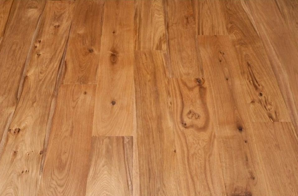 Natural Engineered Flooring Oak Brushed UV Oiled 20/5mm