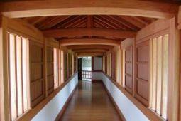 Make Your Hallways Beautiful with Engineered Oak Flooring