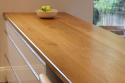 Wide Plank Oak Worktops For Natural Rich And Warm Look