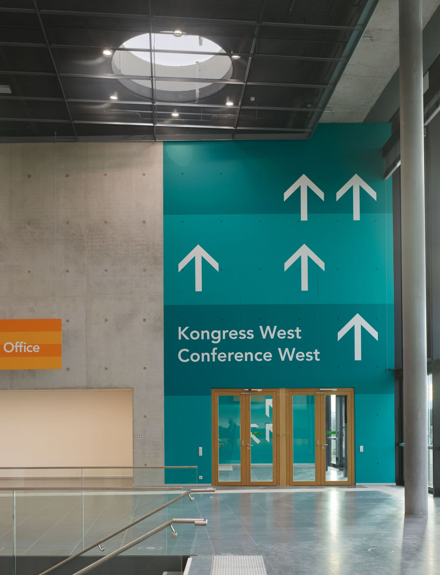 Wayfinding for Stuttgart Trade Show Center