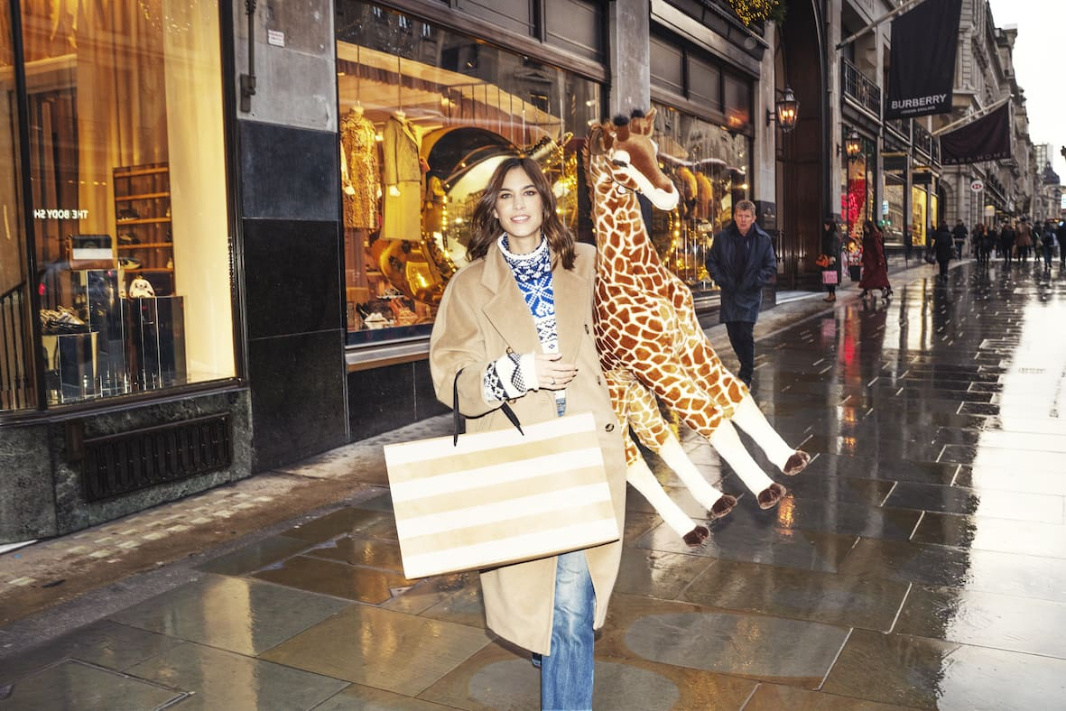 Regent Street - Getting Christmas shoppers away from screens