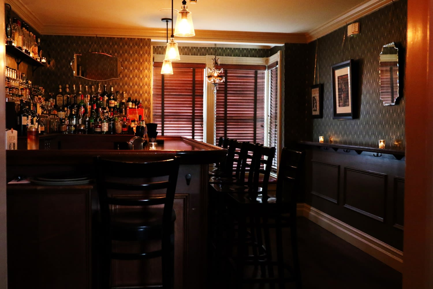 Redesign of Pour Bar and Eatery