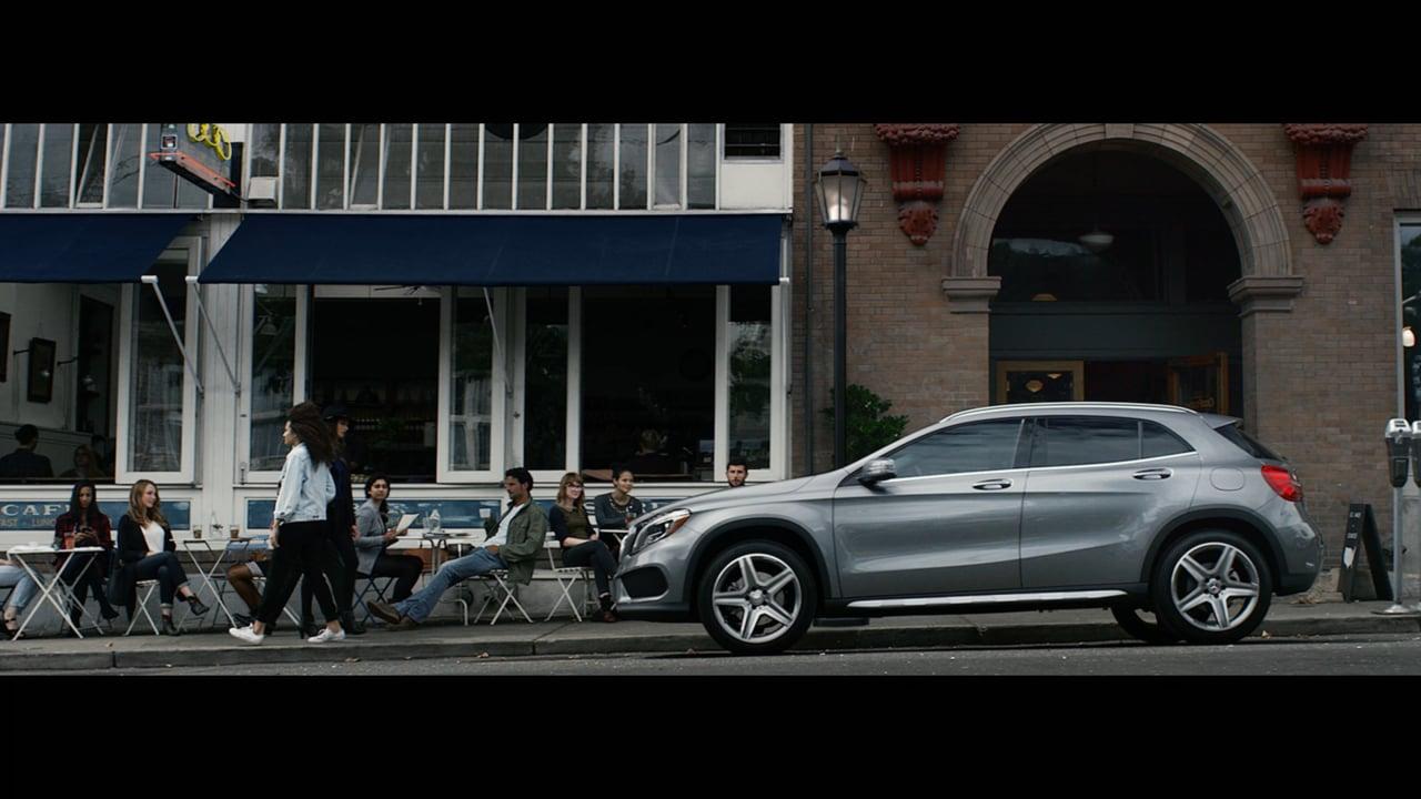 Mercedes Benz - Shattered