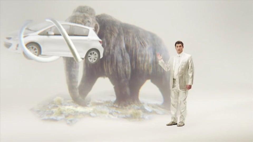 YARIS - IT'S A CAR