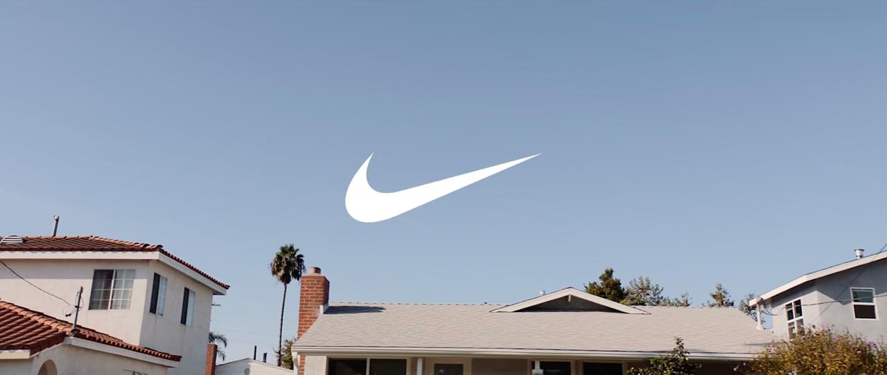 Nike Motion Adapt Bra