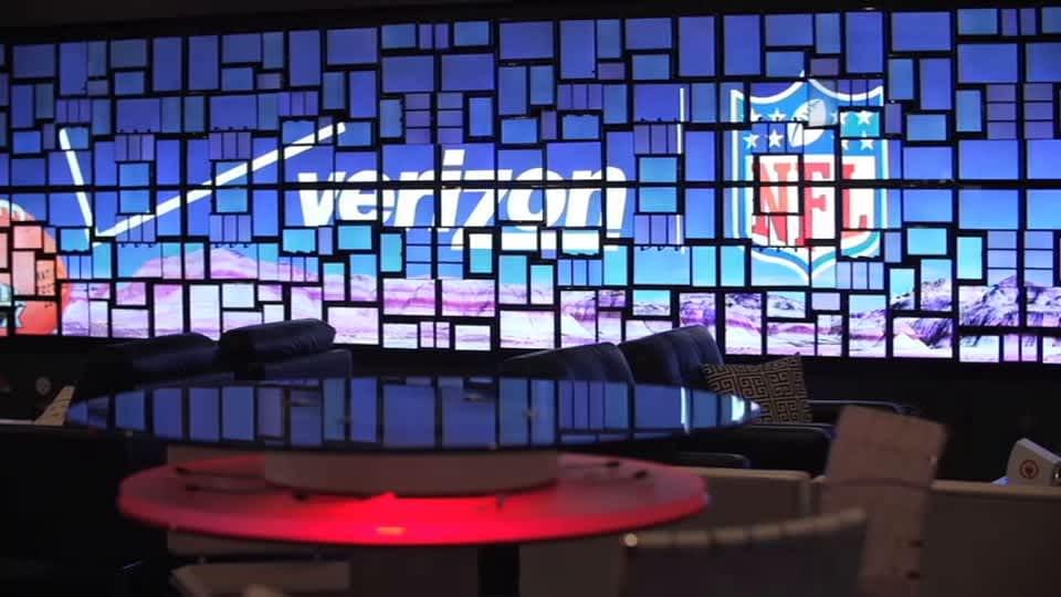Verizon Wow Wall