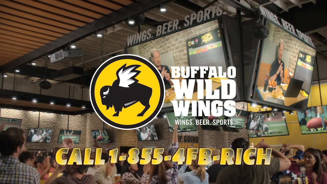 Buffalo Wild Wings \ Football Rich