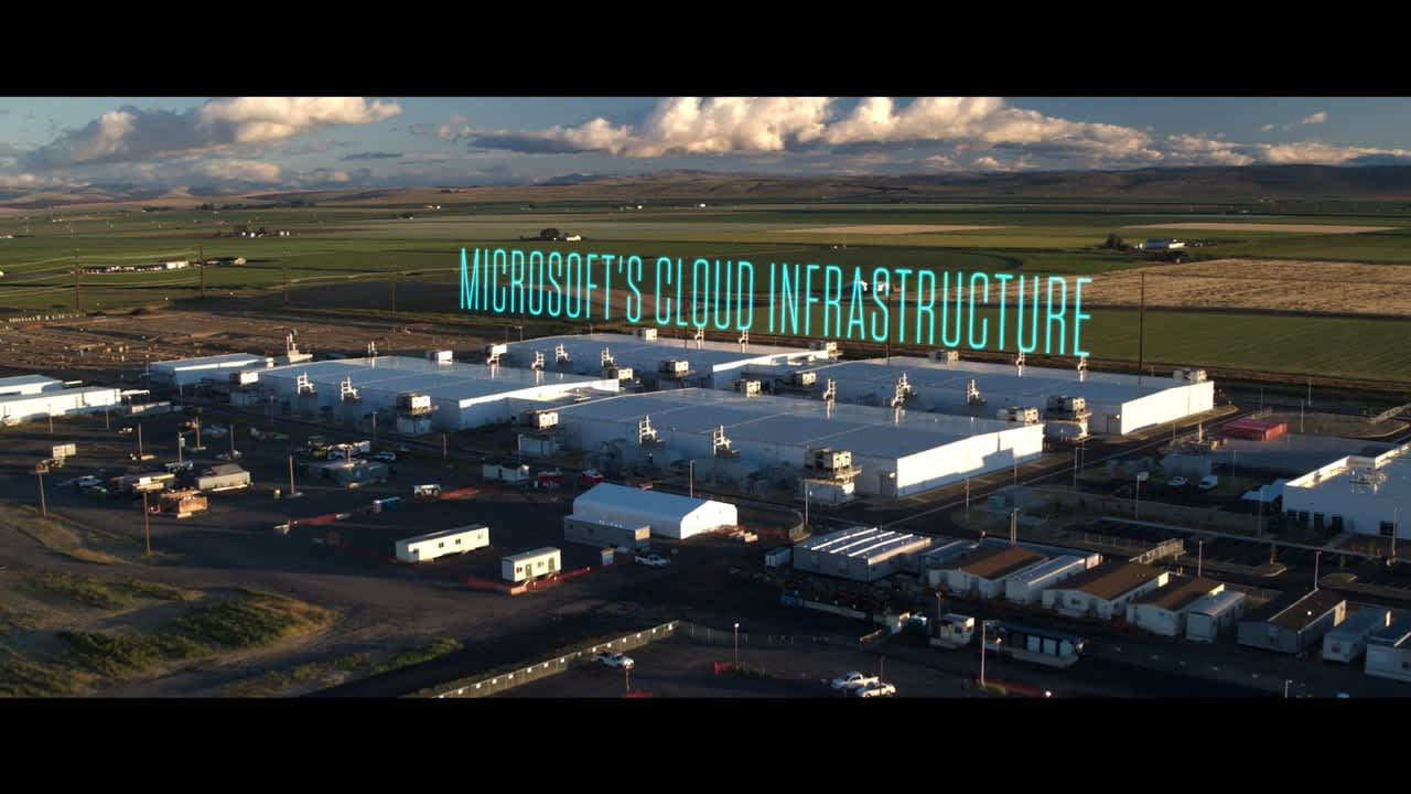 Microsoft Cloud Data Services: Scale