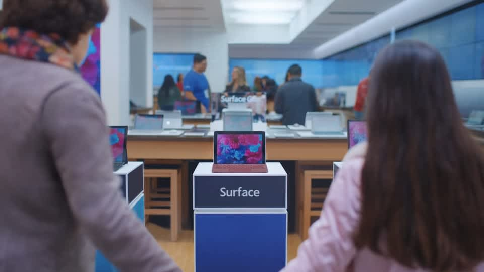 Microsoft Surface Go Holiday 2018