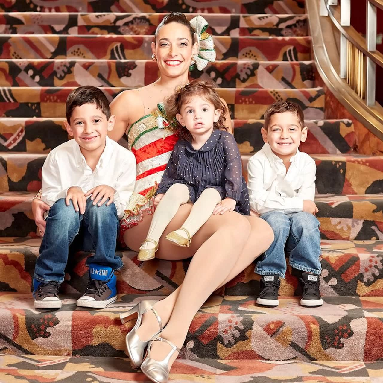 How this Rockette and Mom of Four Gets it Done
