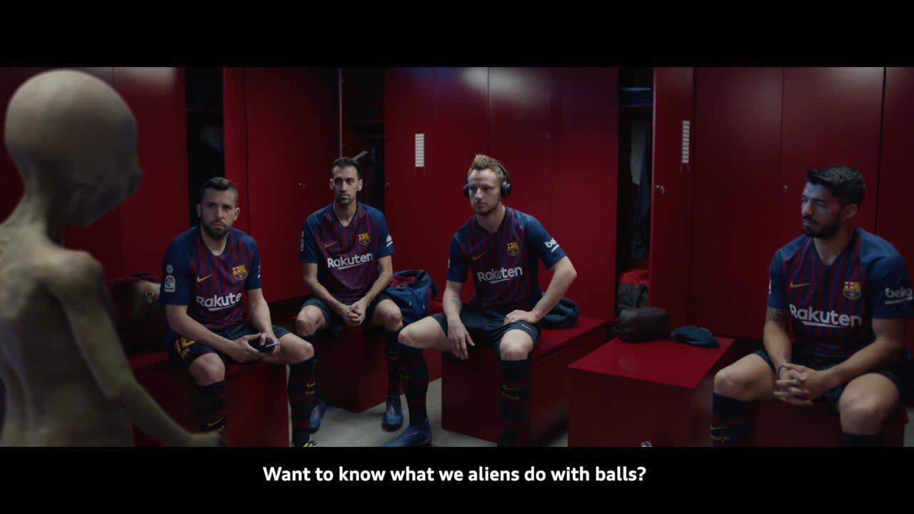 Audi e-tron & FC Barcelona - Alien