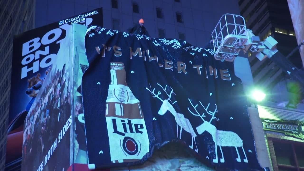 MILLER LITE - Knitted Billboard
