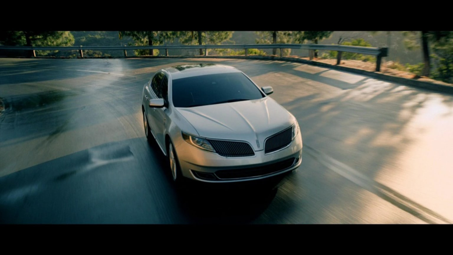 Lincoln MKS Launch Spot