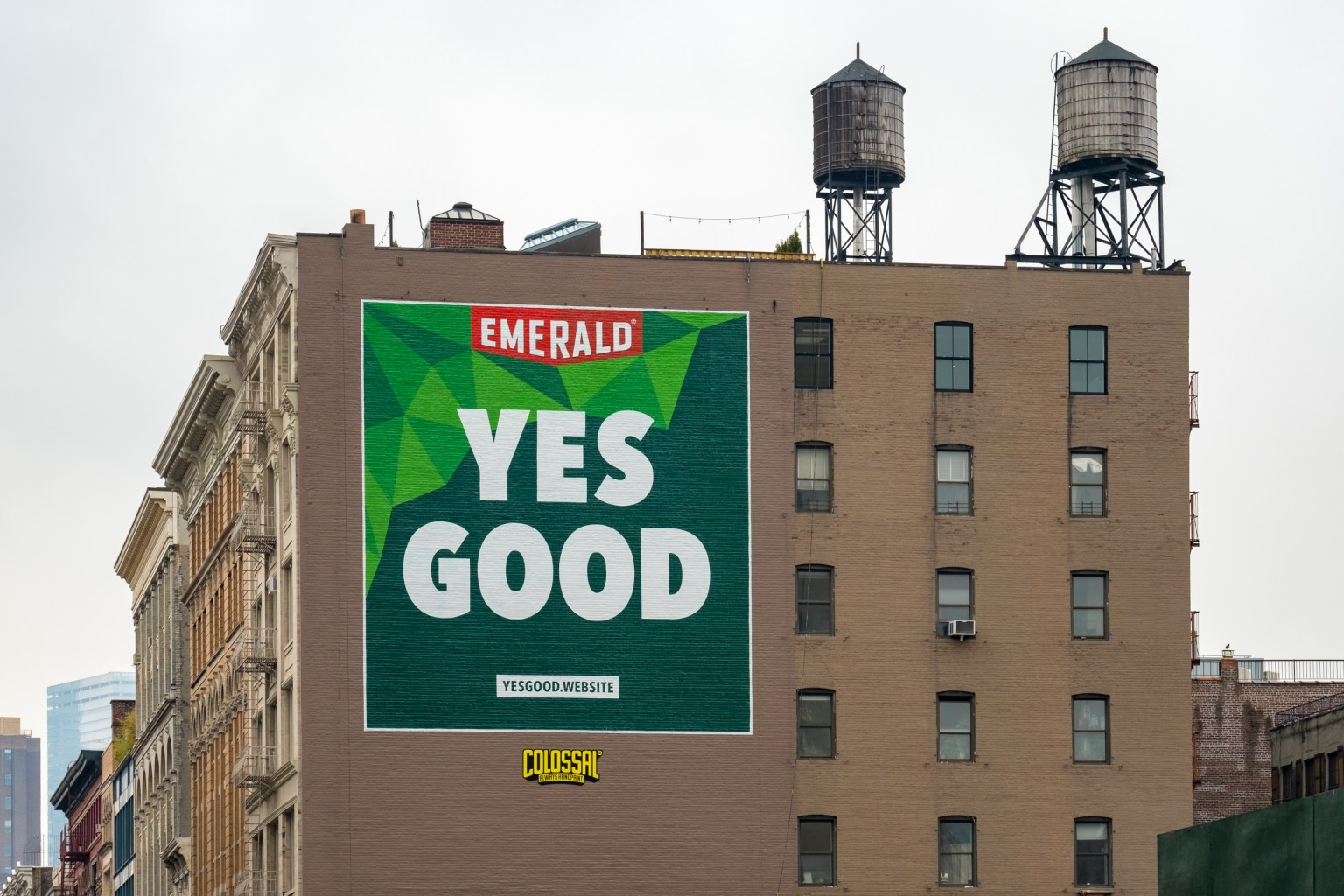 Emerald Nuts – Yes Good