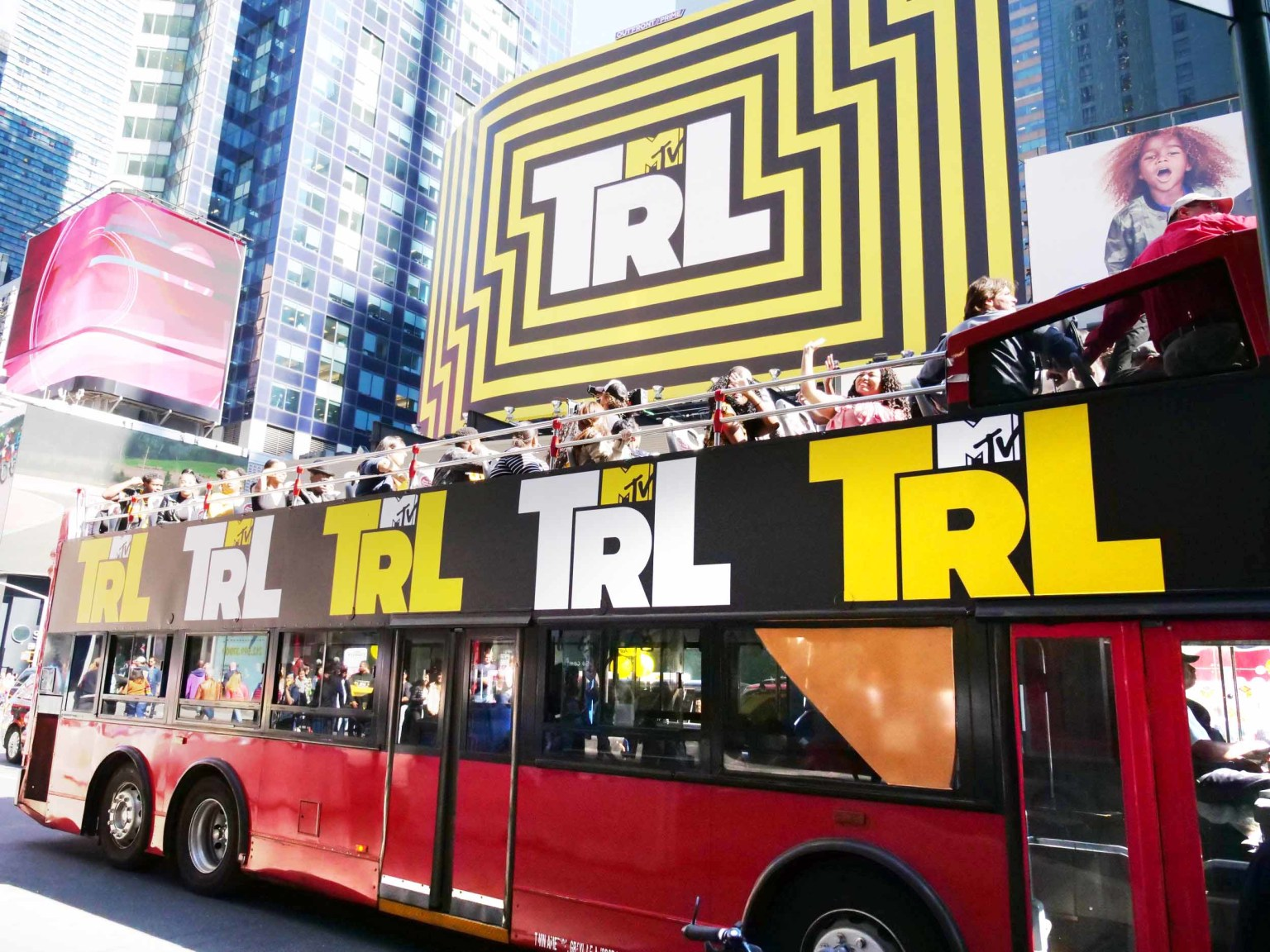 MTV'S TOTAL REQUEST LIVE (TRL)