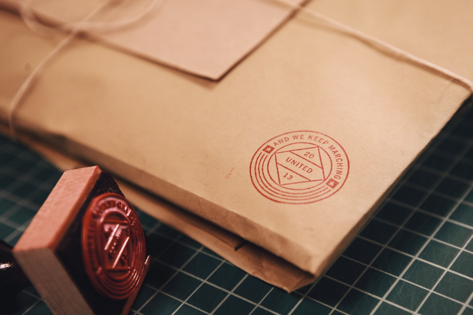 Young&United Apparel Packaging