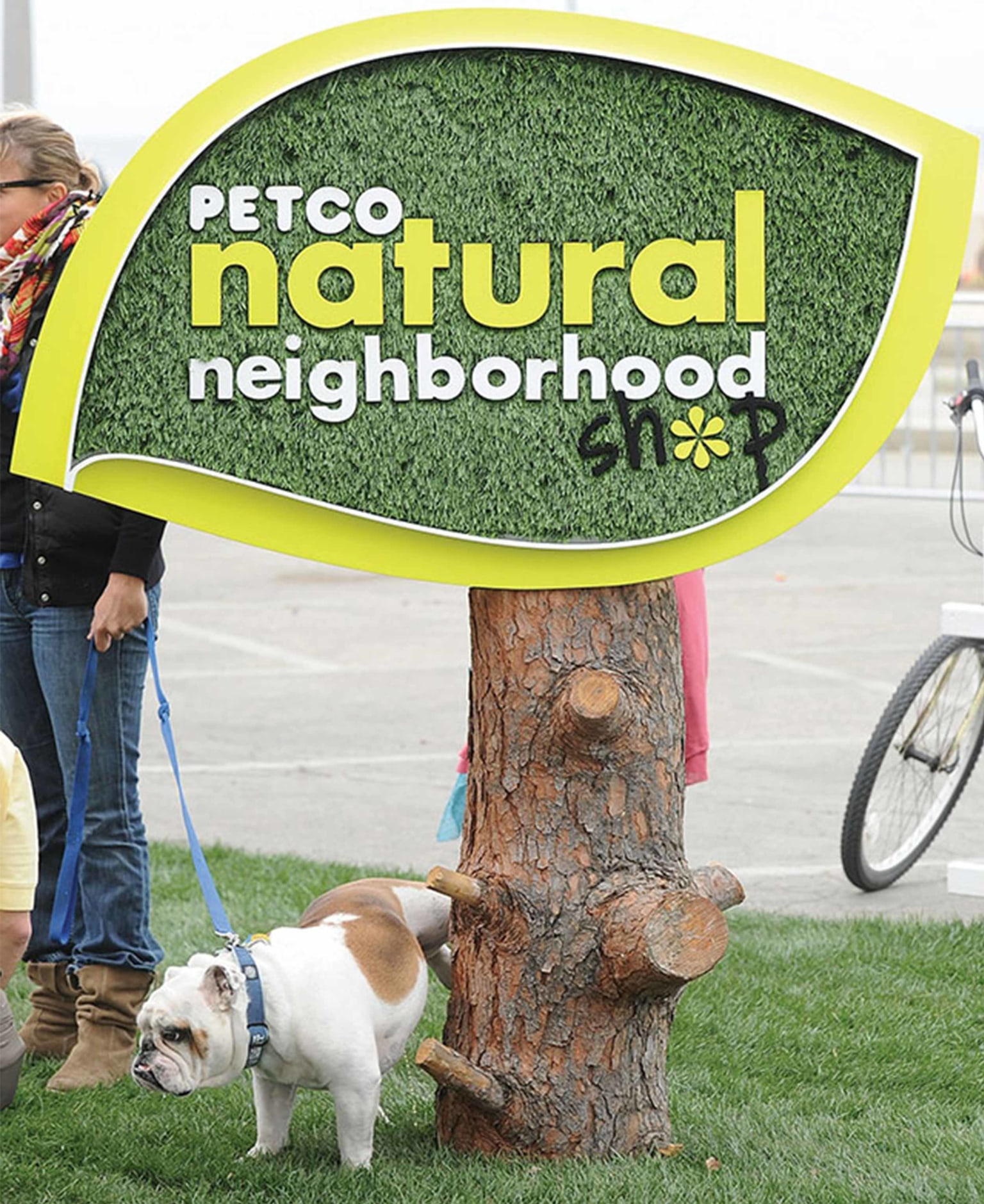 PETCO: Natural Neighborhood Shop