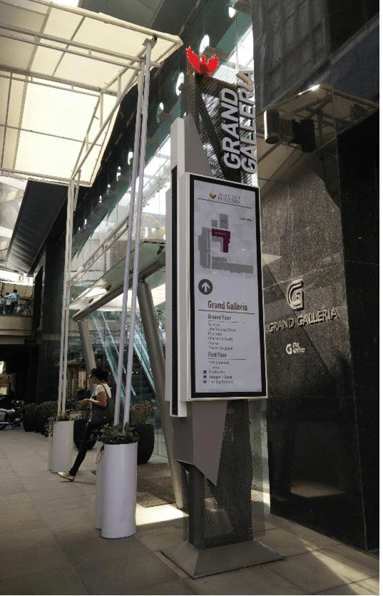 Wayfinding & Sign Design for Retail Development