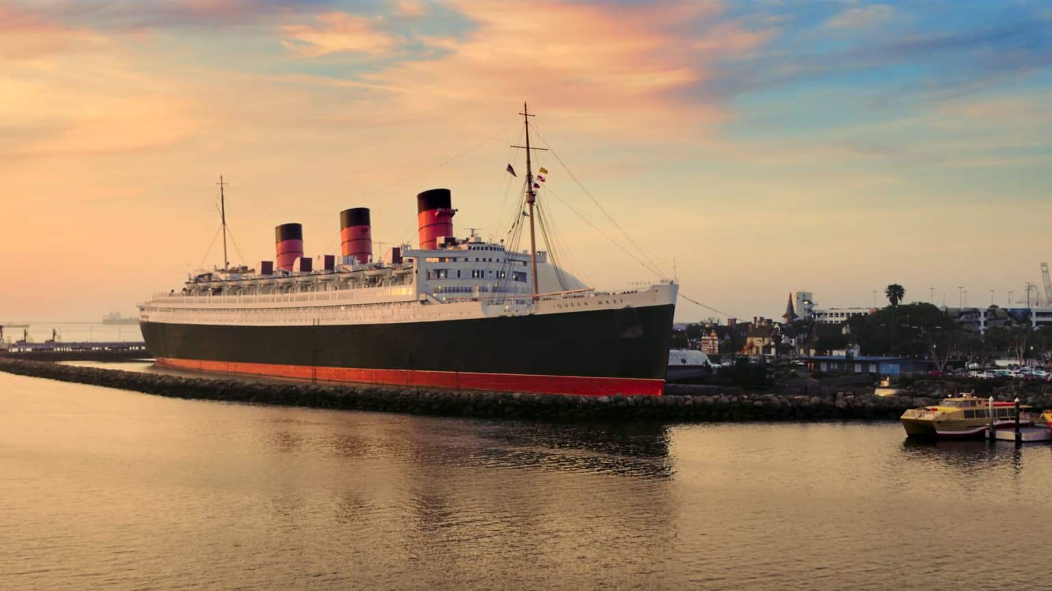 QUEEN MARY :60