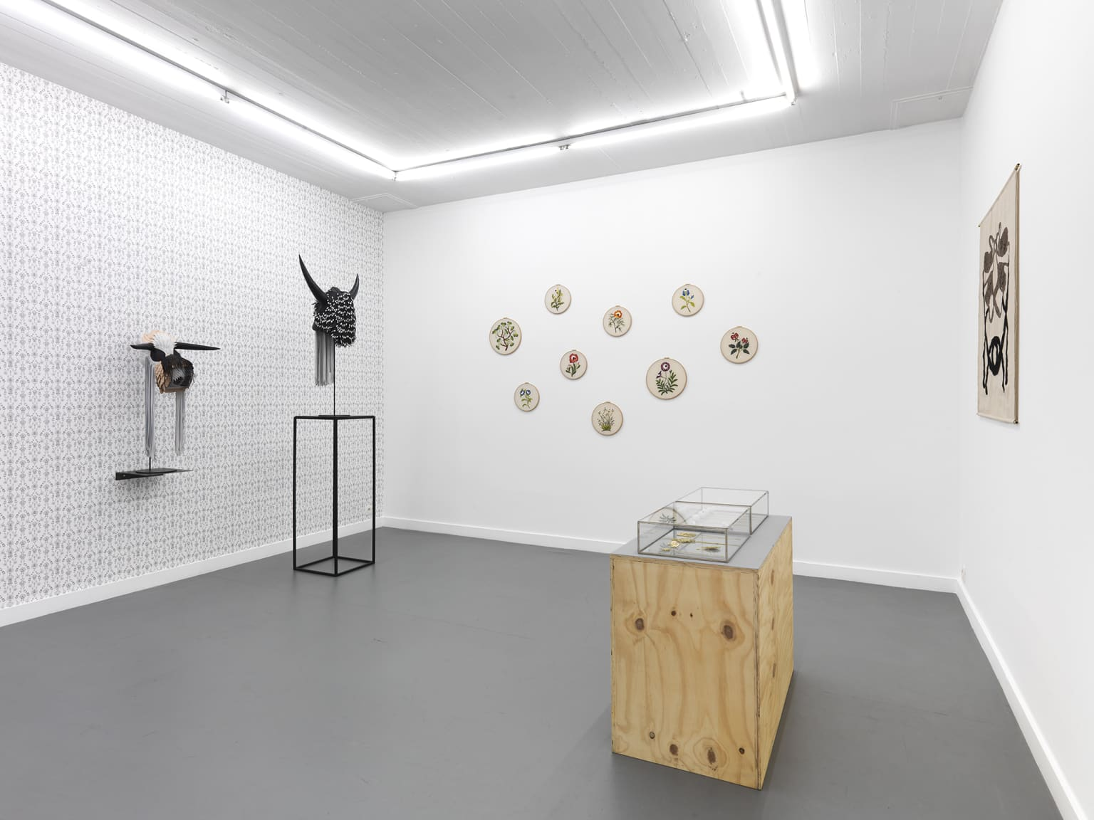 'Never Alone' installation view at Rodolphe Janssen, Brussels