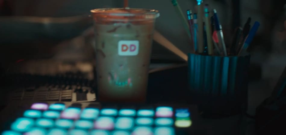 """Dunkin' Donuts """"Straw Punch"""""""