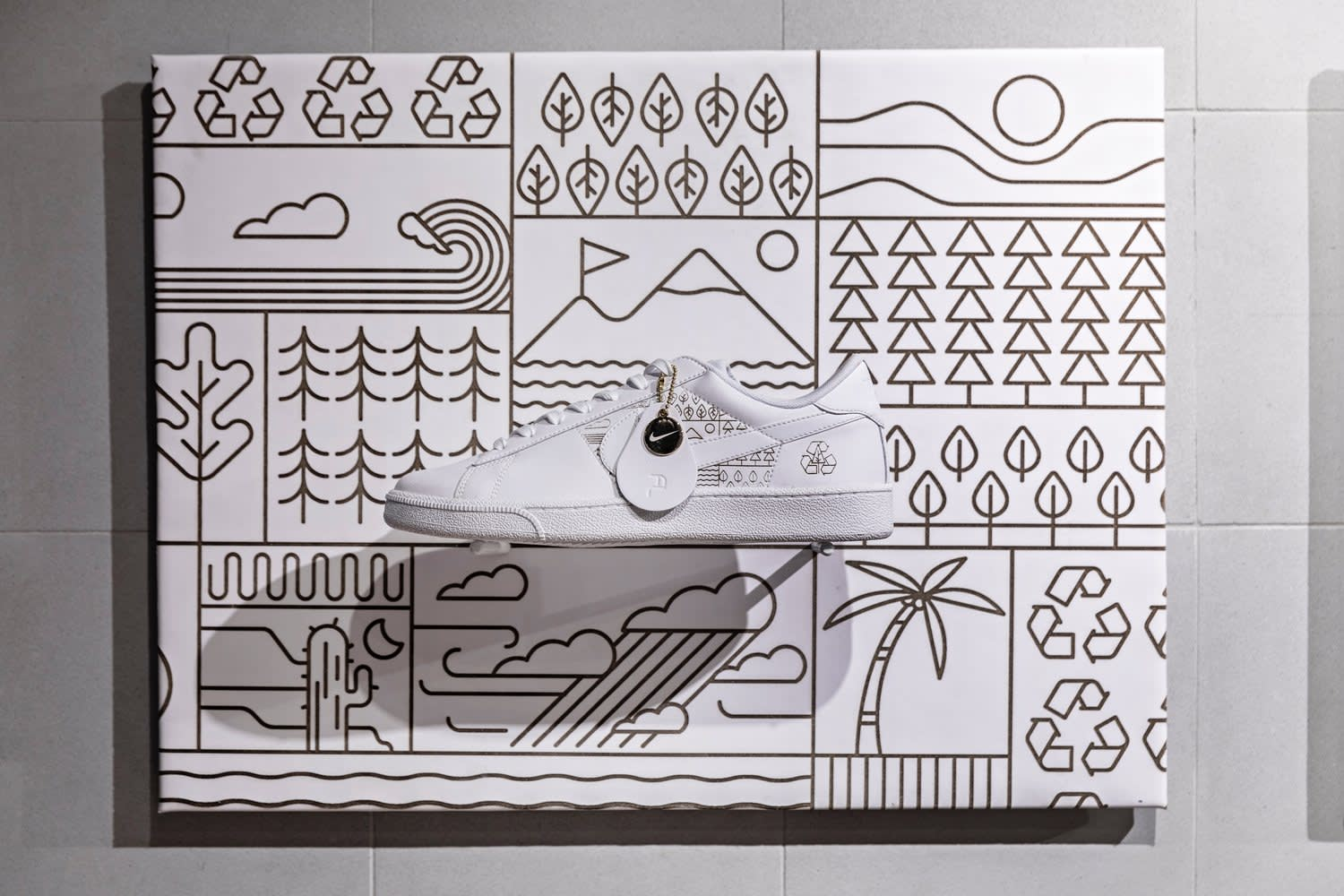 Nike Fly Leather Customization Graphics