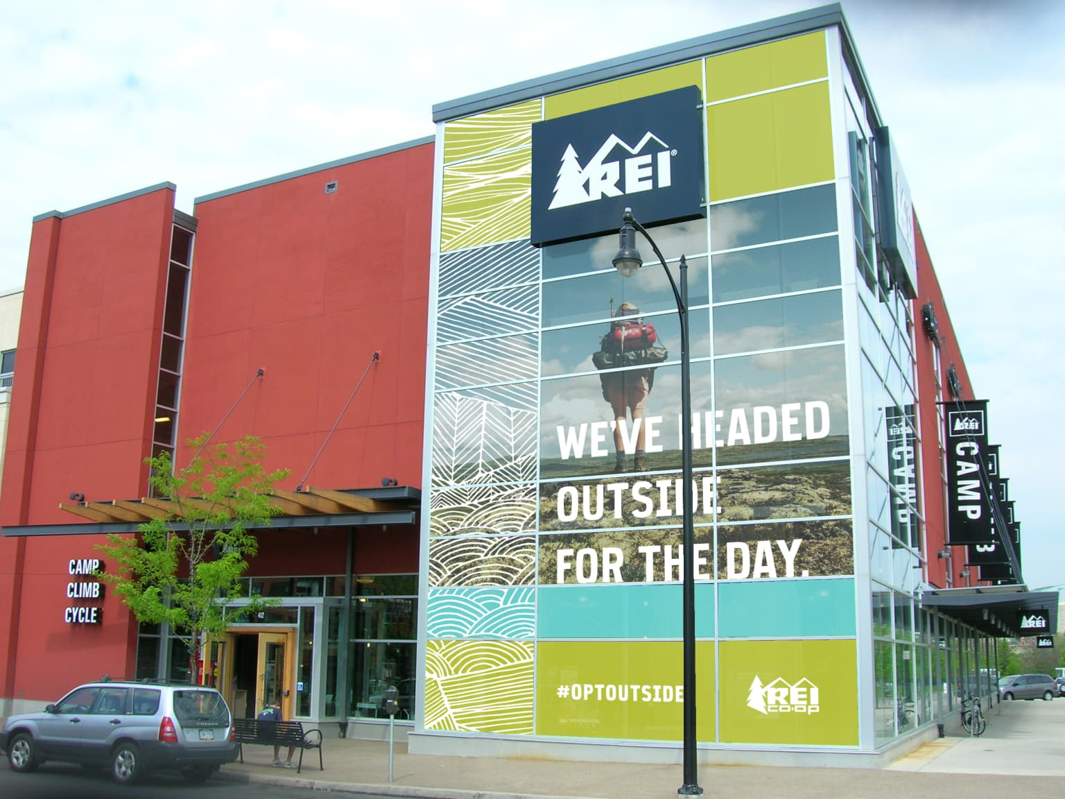 REI : OPT OUTSIDE