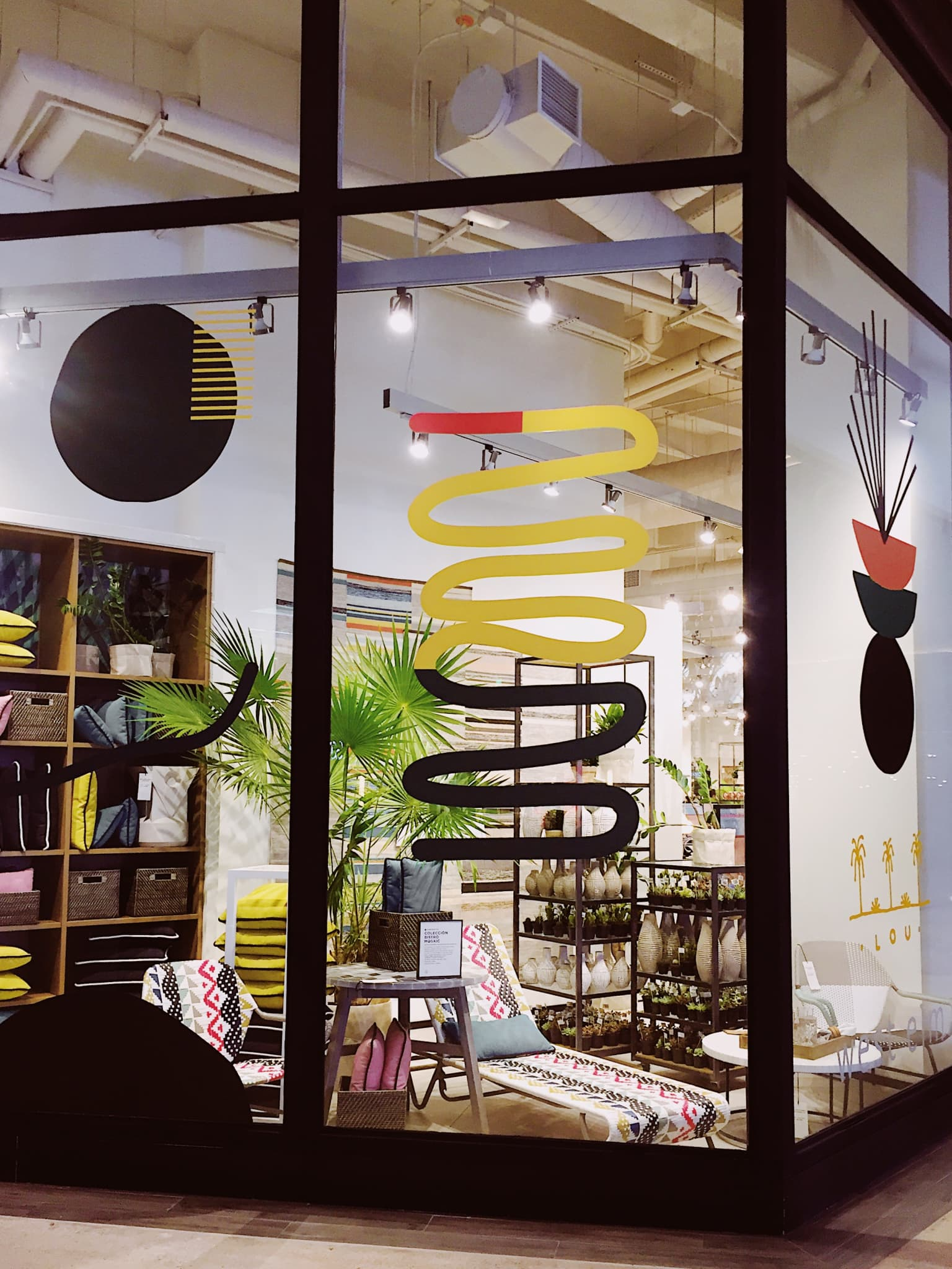 West Elm Cancún Art Installation & Live Painting