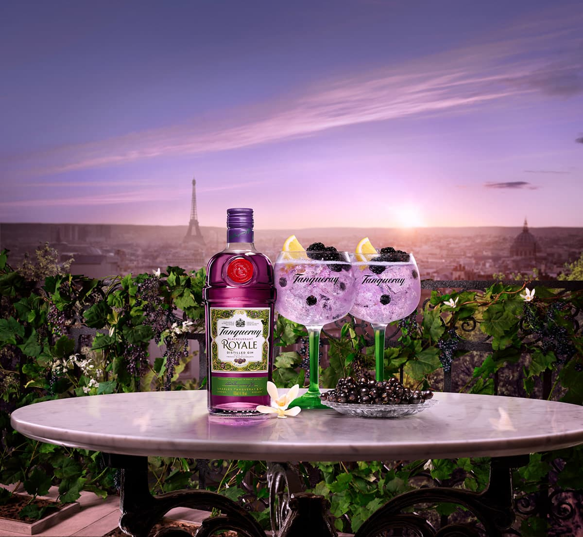 TANQUERAY | BLACKCURRANT ROYALE