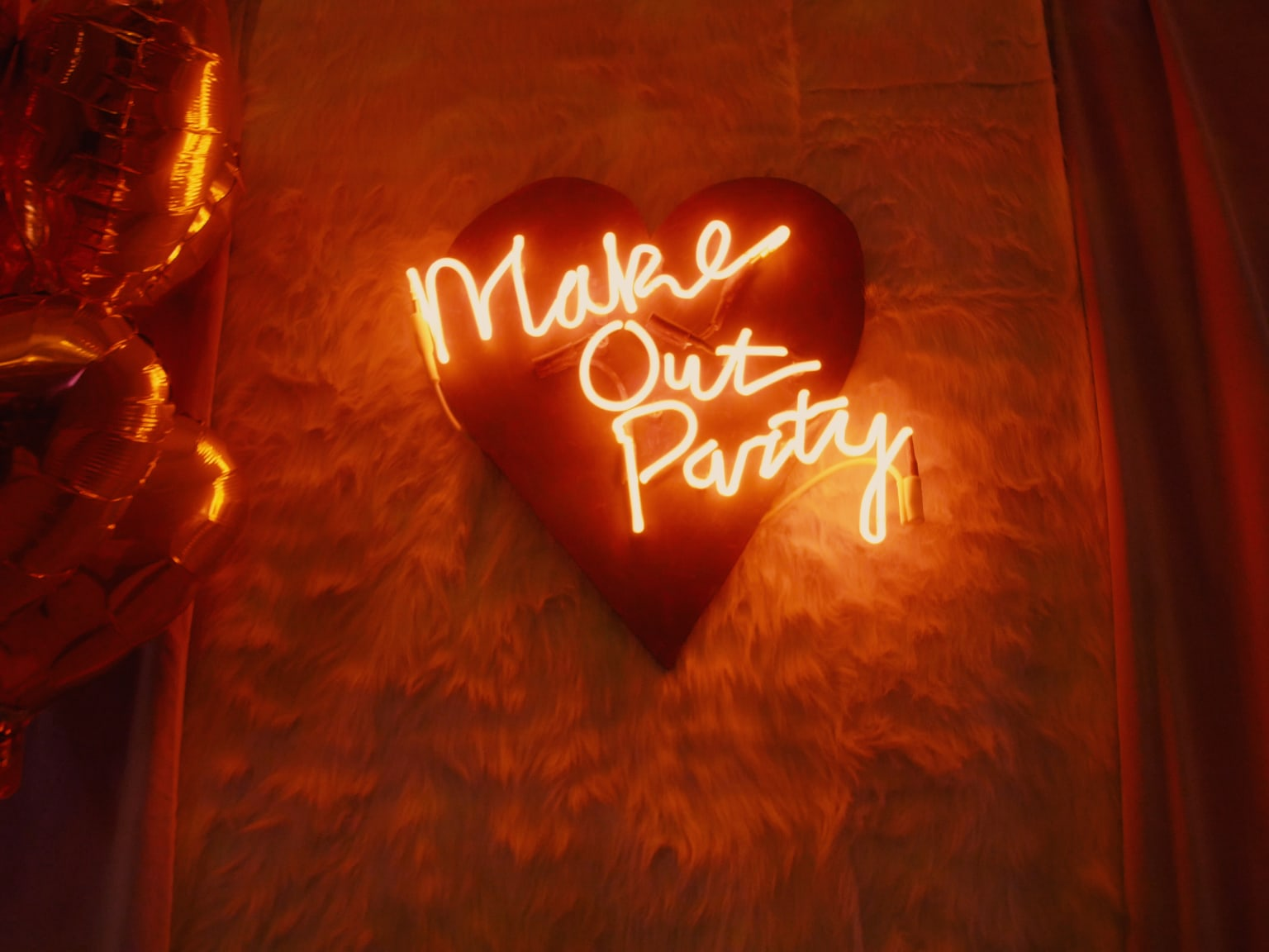 Make Out Party
