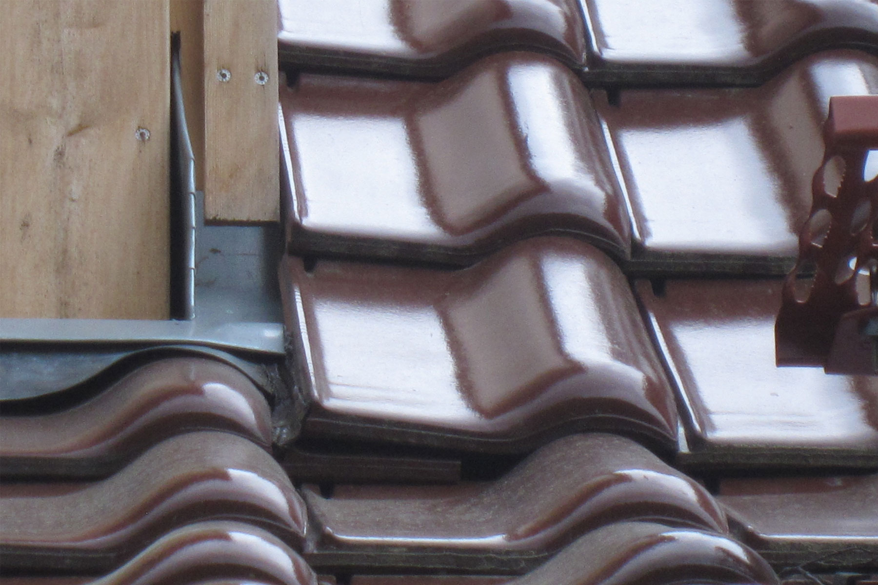 Gaube Anschluss Dachziegel