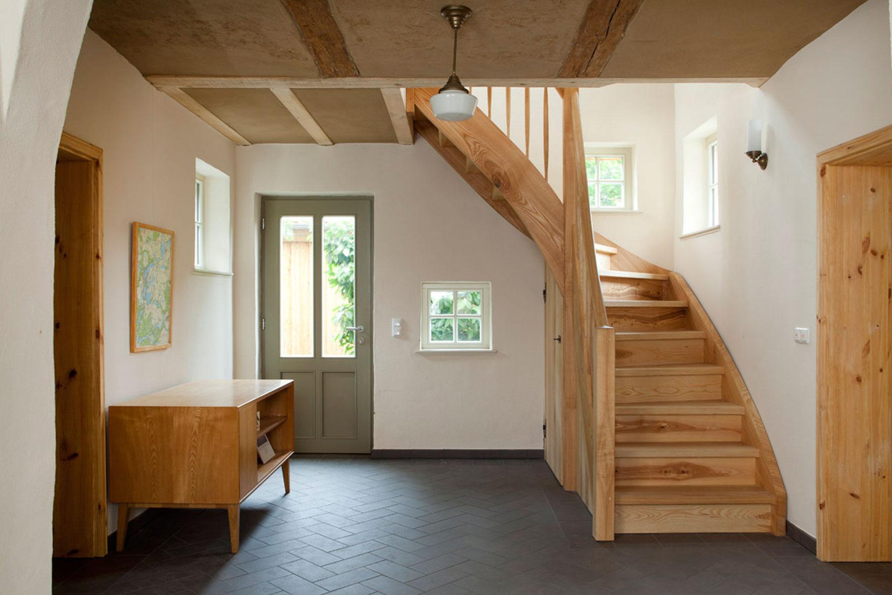 Fahchwerkhaus Holztreppe