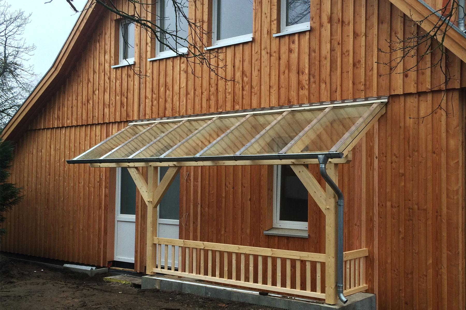 Holzschalung Vordach