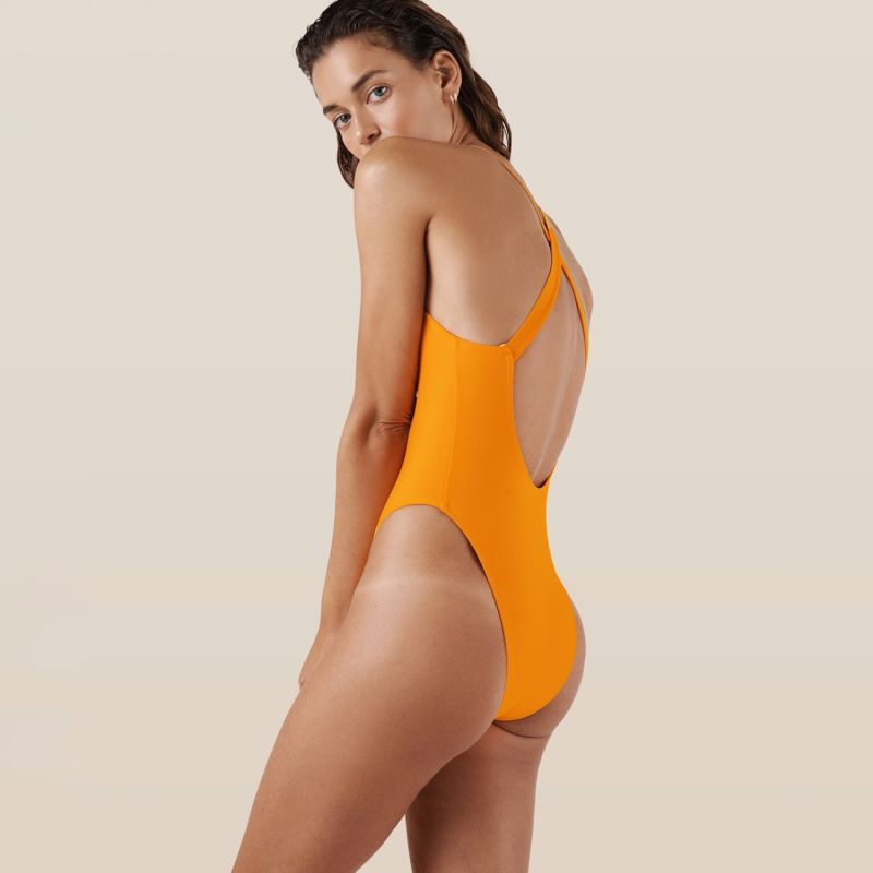 Costa One Piece - Squeeze image